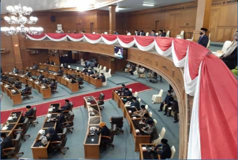 Kabag Organisasi Setda Mengikuti Rapat Paripurna Istimewa DPRD Kab. Muaro Jambi